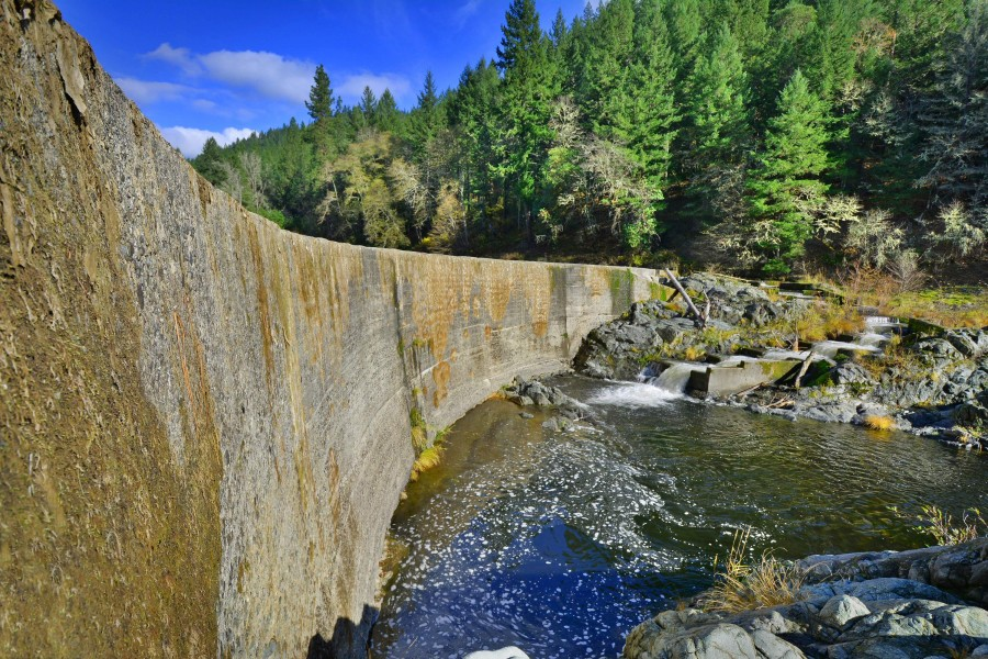 Fielder Dam in the Rogue River Basin, OR  Photo: Scott Wright