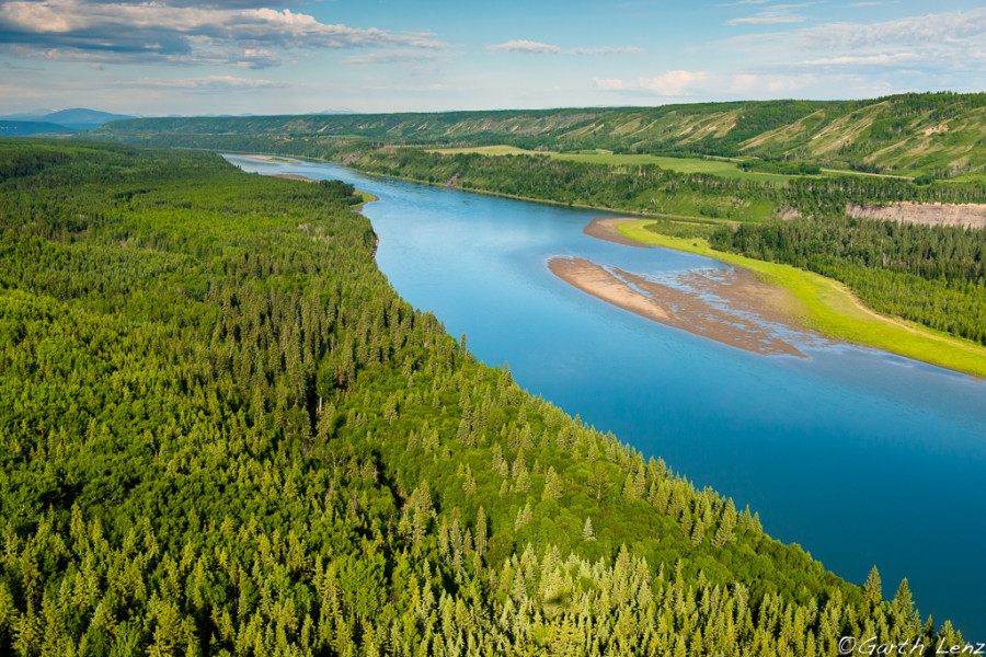 Peace River Valley  Photo: Garth Lenz