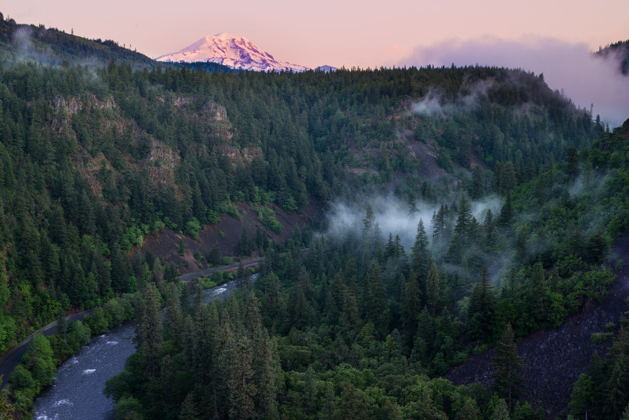 Columbia Land Trust, Klickitat River Canyon, WA  Photo: Brian Chambers Photography